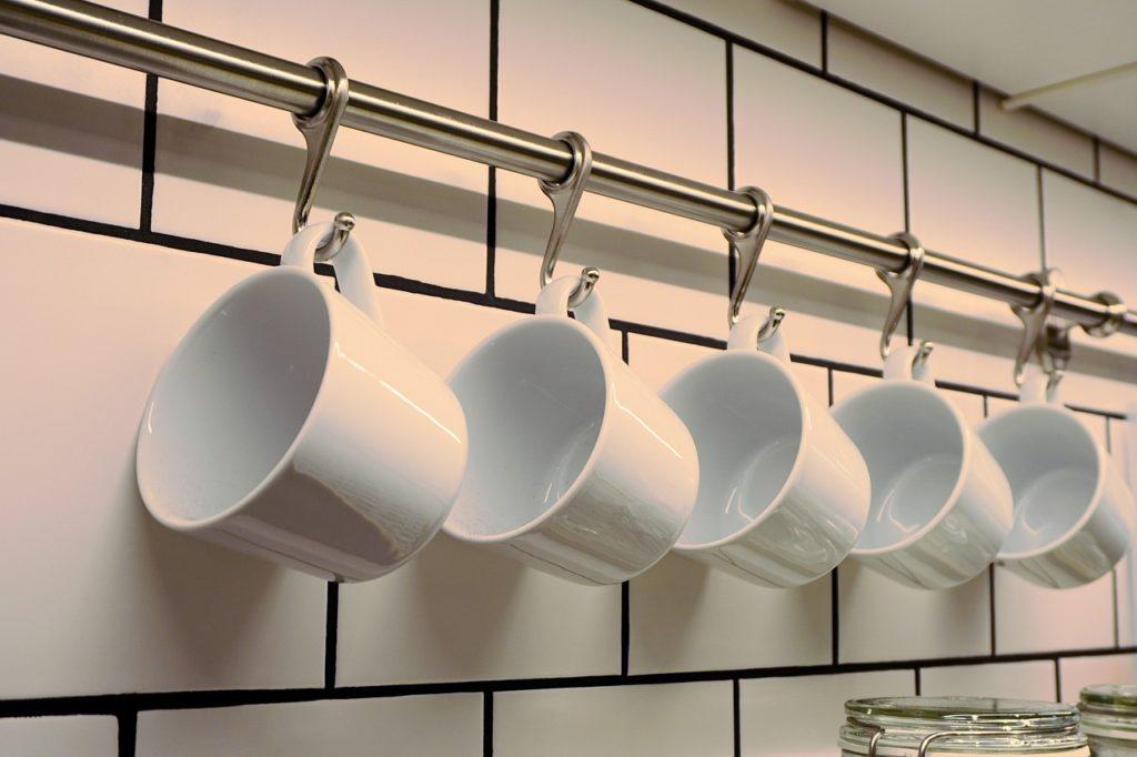 食器 洗う